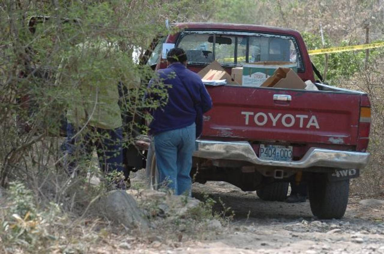 Adolfo Callejas y Juan Quijada viajaban en este vehículo cuando fueron acribillados, en marzo de 2010. Foto EDH / Archivo