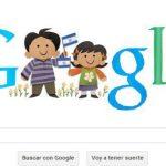 Google cambio su tradicional logo para rendir homenaje a la niñez salvadoreña. Foto tomada de internet