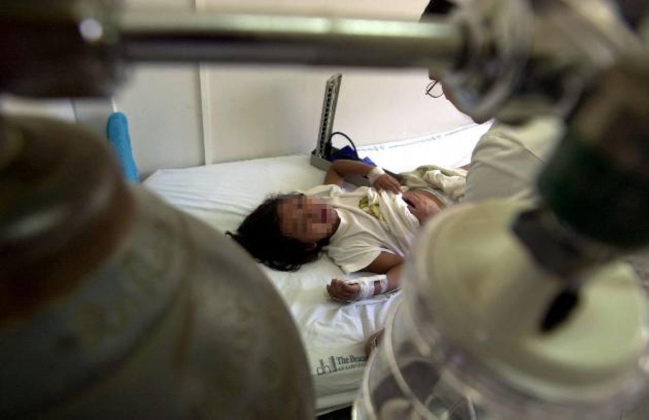 Todos los casos de fiebre que se presenten en los barrios y comunidades deben ser trasladados a hospitales. foto edh / archivo