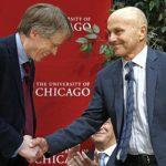 Los estadounidenses Lars Peter Hansen y Eugene Fama, del trío acreedor del galardón mundial. foto edh /AP