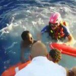 Naufraga barco con migrantes en Mediterráneo