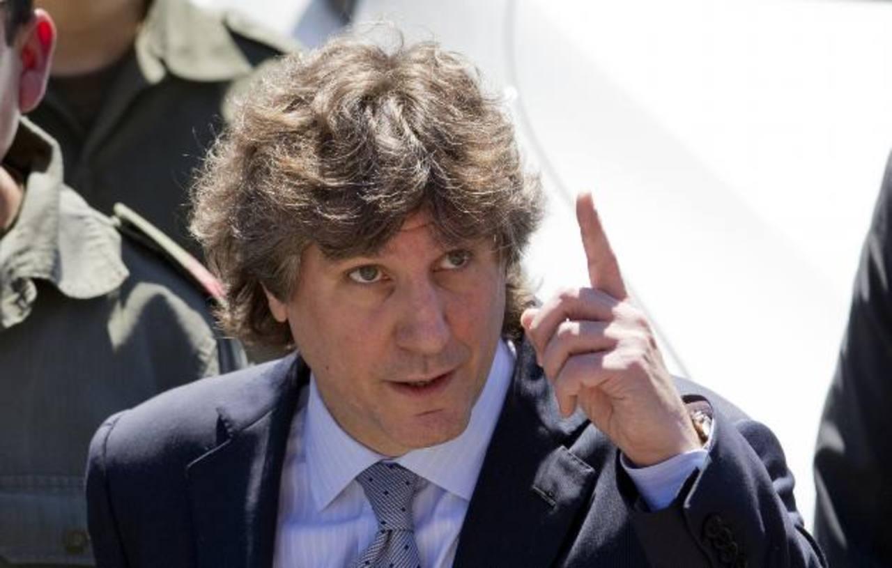 El vicepresidente argentino, Amado Boudou, asumió ante notario el poder Ejecutivo del país. foto reuters