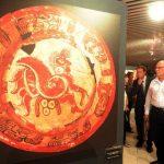 La exhibición en el Muna incluye 24 obras, entre ellas varias fotografías y objetos de cerámica. Fotos EDH / Marlon Hernández