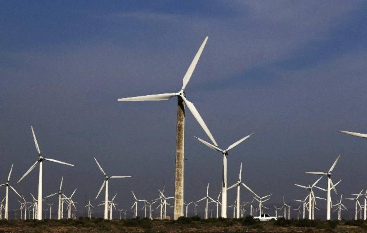 Energía eólica o solar son algunas de las que tienen espacio para buscar el financiamiento. foto edh /