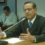 Rosalío Tóchez, presidente de la Corte de Cuentas, dijo que el candidato Oscar Ortiz también tiene procesos abiertos.