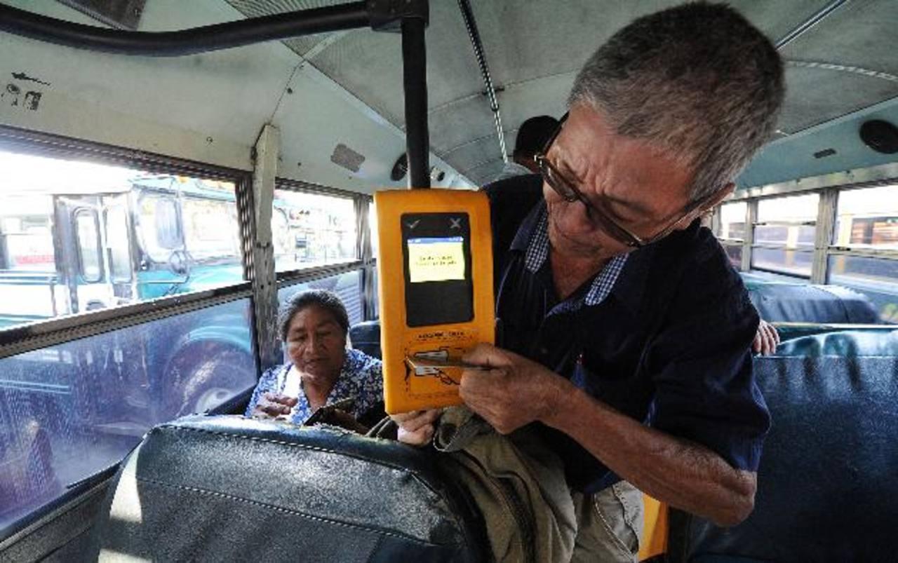 Los empresarios de transporte proponen alternativas al sistema de cobro instalado por Subes.
