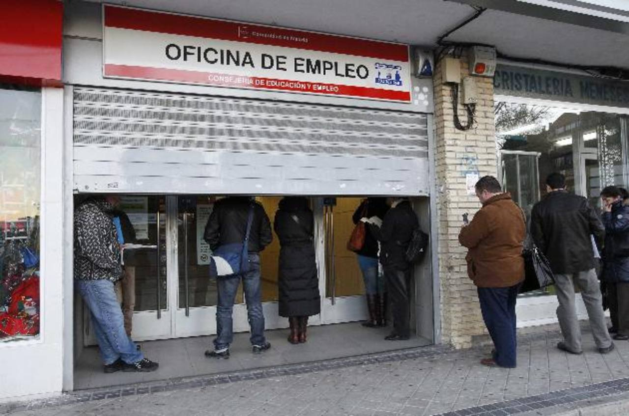 Aunque la cifra actual de desempleados sea de 12.1%, oculta una gran desigualdad, por ejemplo: el 5 % de los austriacos están desempleados, mientras que el 27 % de los griegos y los españoles están sin trabajo.