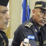 En esta fotografía del 3 de julio de 2012, el jefe de la policía de Honduras, general Juan Carlos Bonilla, al centro, habla durante una conferencia de prensa en Tegucigalpa, Honduras.