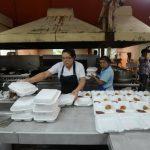 Pacientes del hospital reiteraron ayer que las raciones de comida que les dan son muy pequeñas. Foto EDH / René Estrada