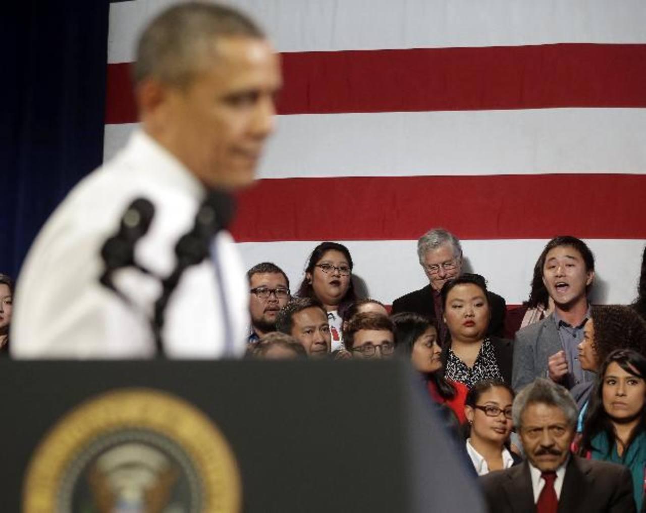 Recientemente, un estudiante increpó al presidente Barack Obama por no detener las deportaciones. foto edh / AP