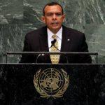 Presidente de Honduras pedirá a la ONU que se investigue la compra de aviones de guerra por parte del Gobierno de El Salvador. FOTO AP