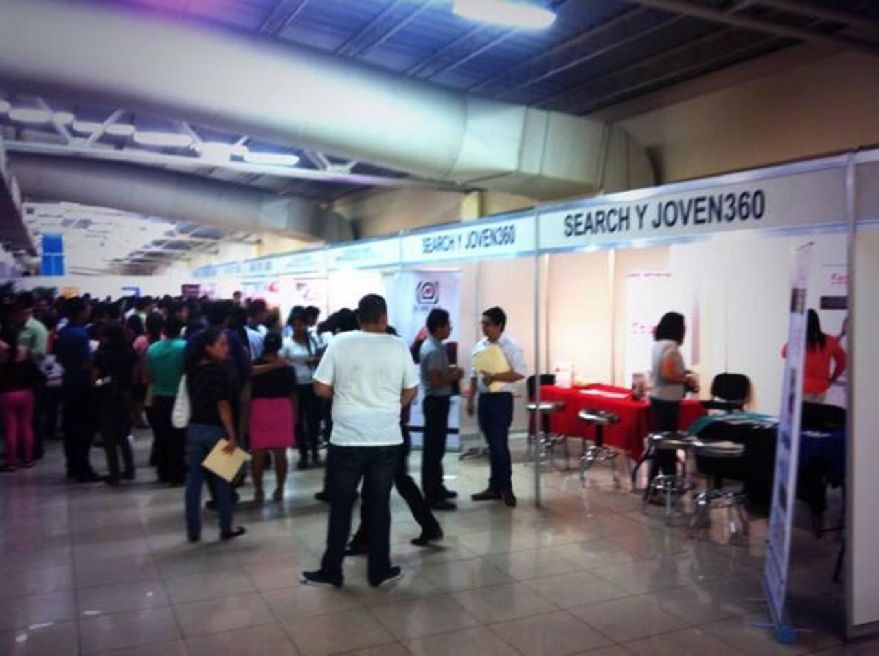 Un total de mil plazas laborales son ofertadas en el Cifco en el contexto de Impulsa 2013. Foto @camarasal