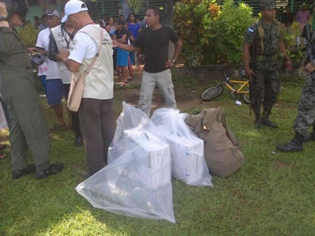 Las urnas asignadas a la comunidad donde ocurrió el hecho fueron trasladadas.