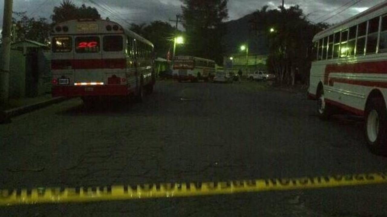 Mueren dos pandilleros en tiroteo con policías, Mejicanos