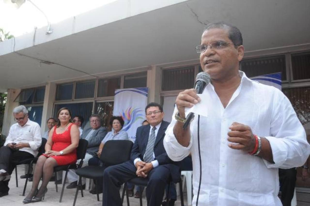 Óscar Ortiz oficializó adhesión del sector denominado ciudadano. foto edh / Lissette Monterrosa