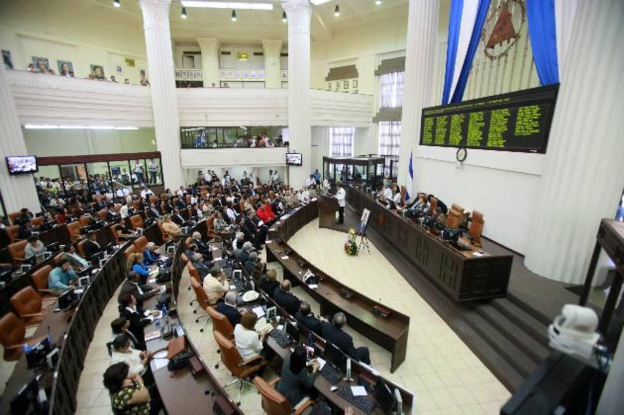 El partido gobernante tiene la mayoría de escaños en la Asamblea por lo que las reformas tendrán aval. Foto edh / archivo