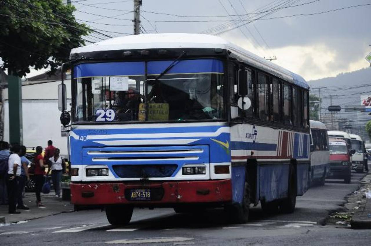 VMT devolverá permisos de línea a rutas de buses