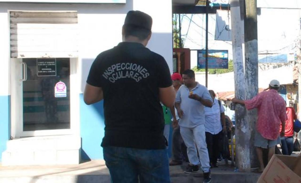 La Policía asegura que podría haber empleados involucrados en el hurto. foto edh / Insy mendoza