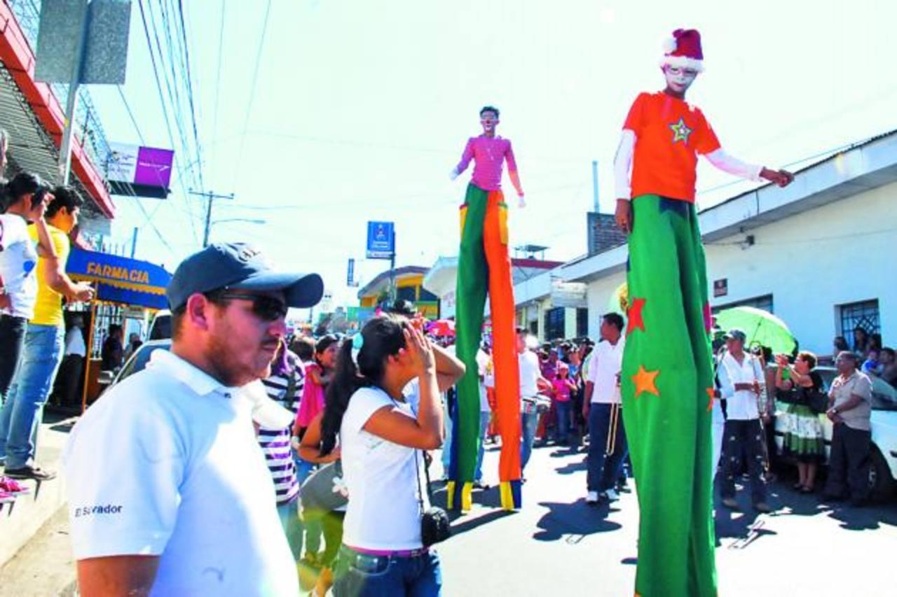 """Los """"chichimecos"""" también formarán parte de las atracciones del desfile de correos de las fiestas patronales de Usulután."""
