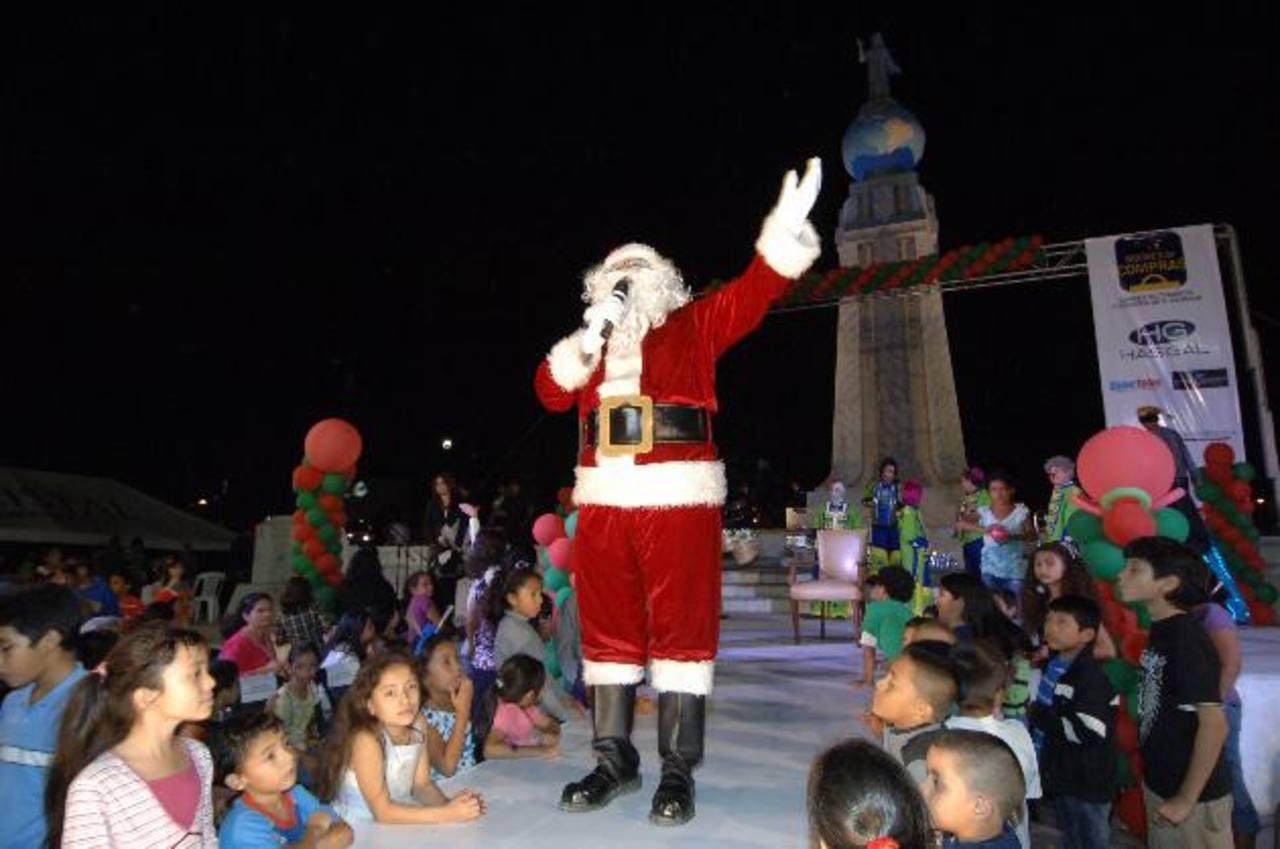 Mañana está previsto que a las instalaciones de la exferia llegue el mítico personaje Santa Claus. Foto edh / archivo
