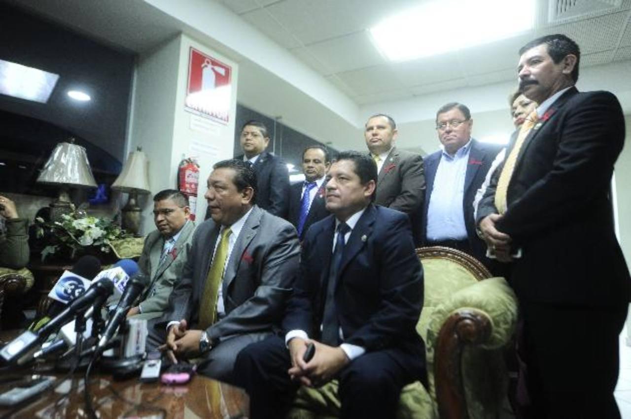 Gana recriminó a FMLN no apoyarlos para superar reparos de Funes. foto edh / jorge reyes