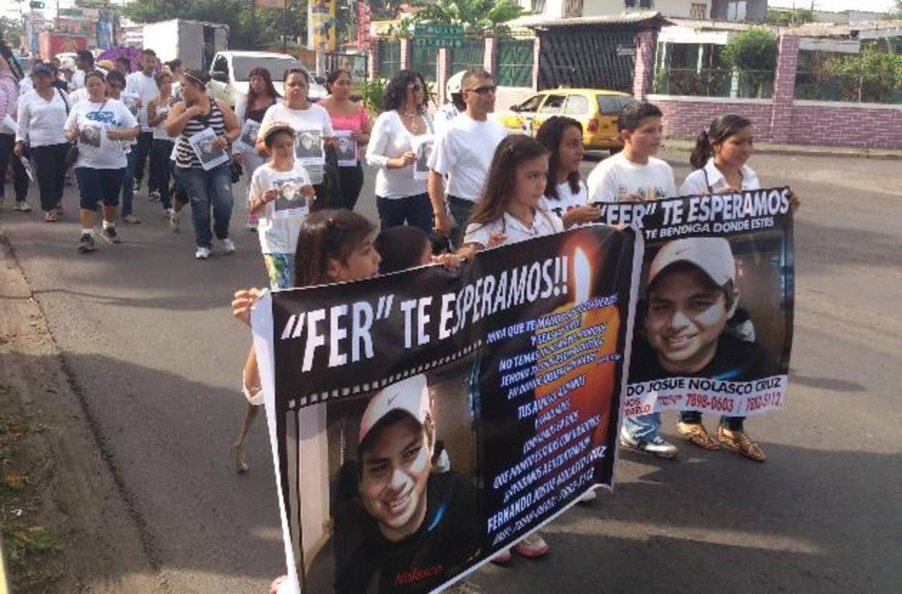 Marchan por joven desaparecido en San Miguel