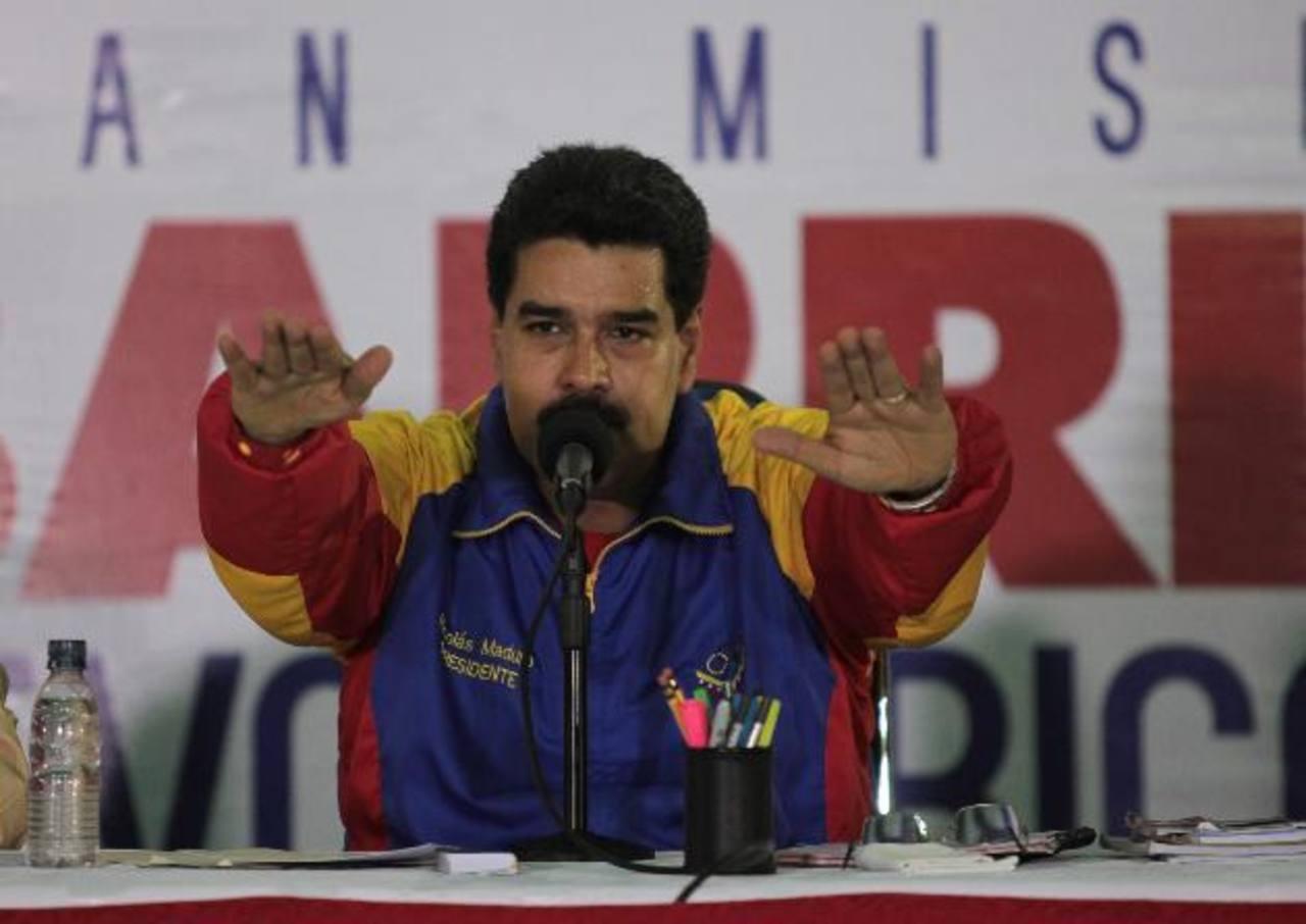 """Maduro ha dicho que precisa esos """"poderes"""" para agilizar la lucha de lo que denomina """"la guerra económica""""."""