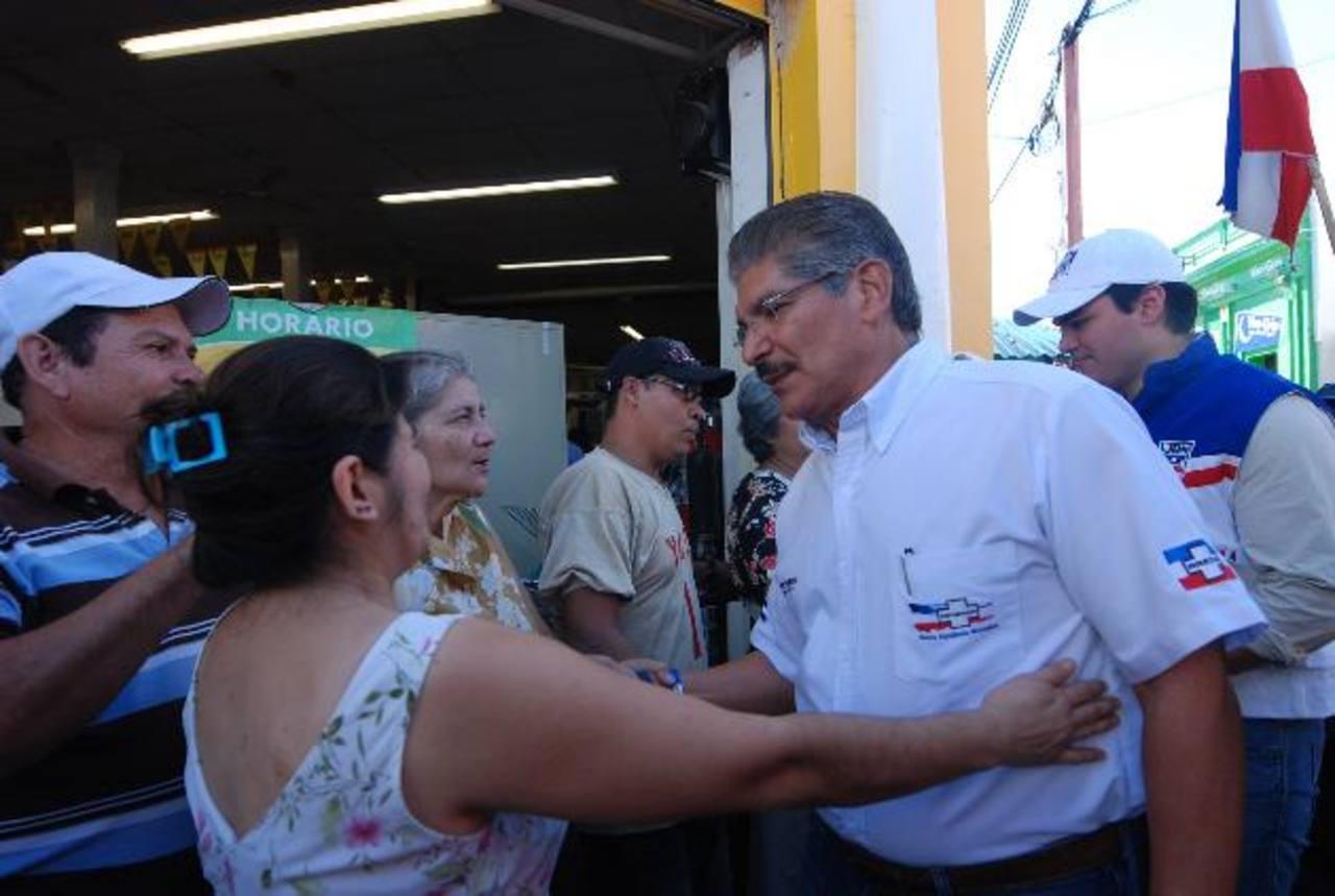 Inició su recorrido en los alrededores del mercado municipal número uno de la Ciudad Morena. Foto EDH / Iris Lima