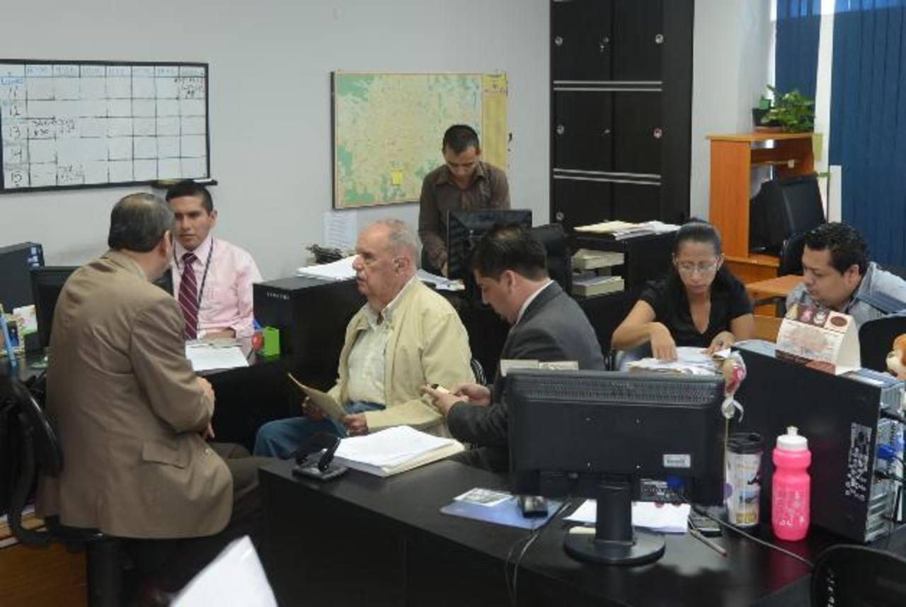 Guillermo Sol Bang dijo que no dejará el país para evadir el proceso y dijo confiar en la justicia. Foto EDH / Douglas Urquilla