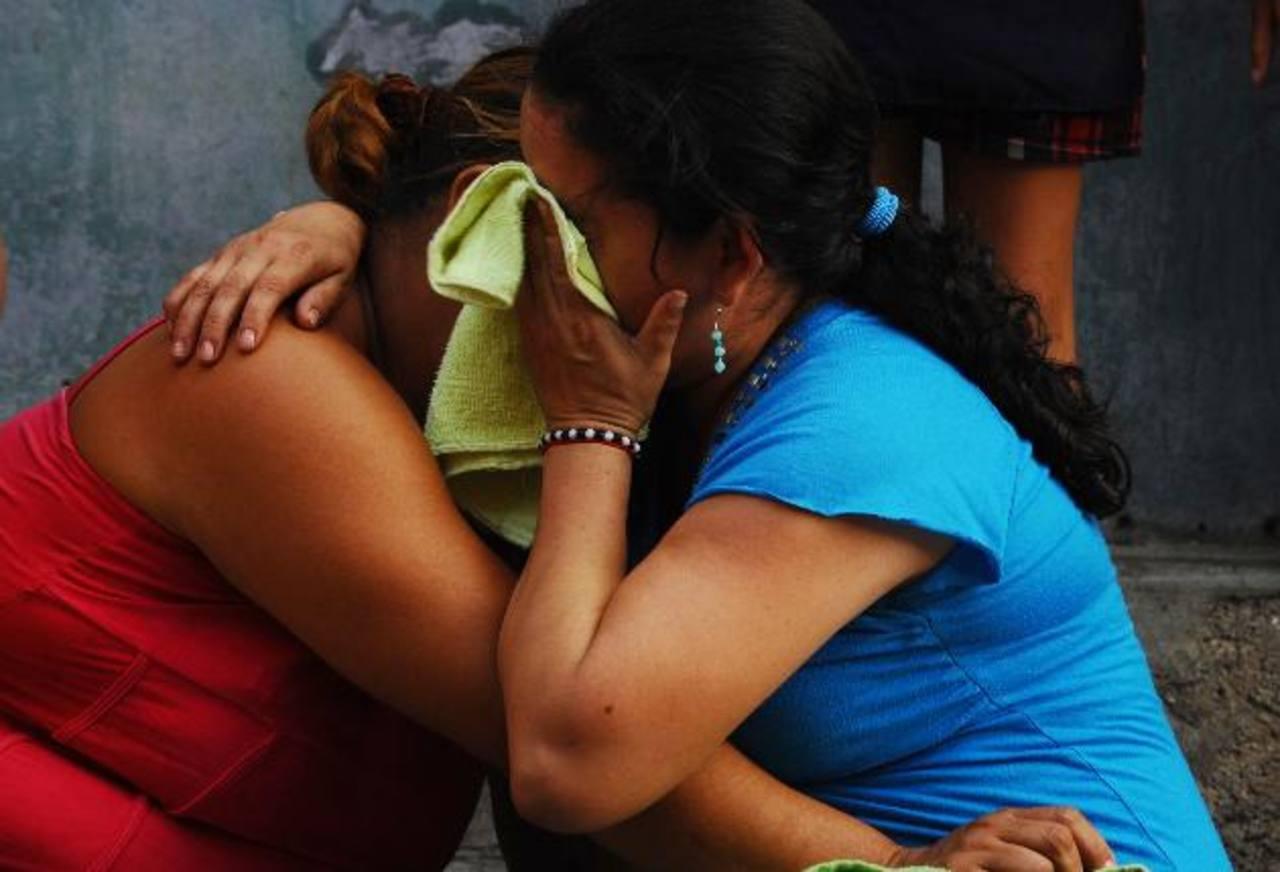 Más del 60 por ciento de las víctimas de la violencia oscila entre los 13 y 30 años de edad, según la Policía. Foto EDH / Archivo