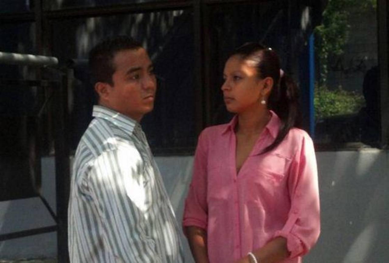 La pareja fue enviada a prisión preventiva mientras la Fiscalía continúa la investigación. Foto vía móvil Diana Escalante