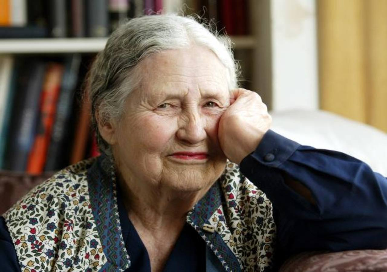 Fallece Doris Lessing, premio Nobel de Literatura