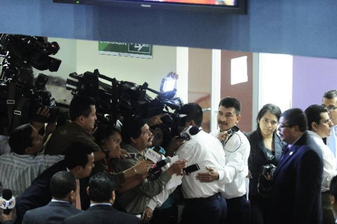 Los medios de comunicación están en la mira del Tribunal Supremo Electoral. foto edh / archivo