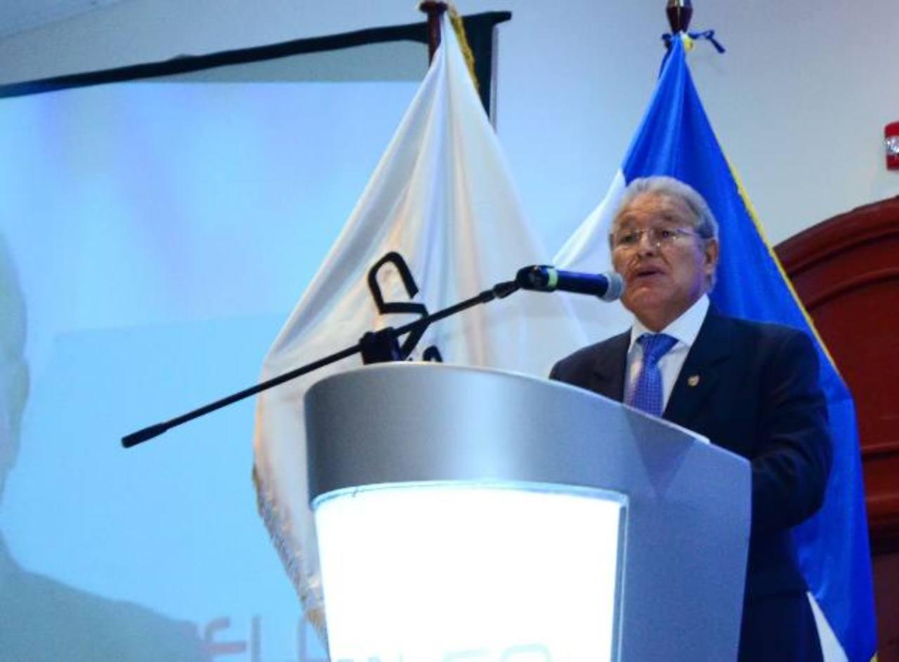 El candidato del FMLN expresó la intención de trabajar de la mano con la empresa privada.