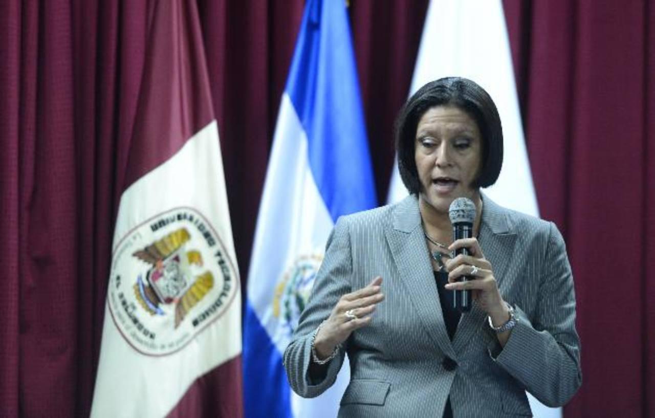 Camila Calles durante la presentación de los resultados de la investigación realizada con el apoyo de Unicef.