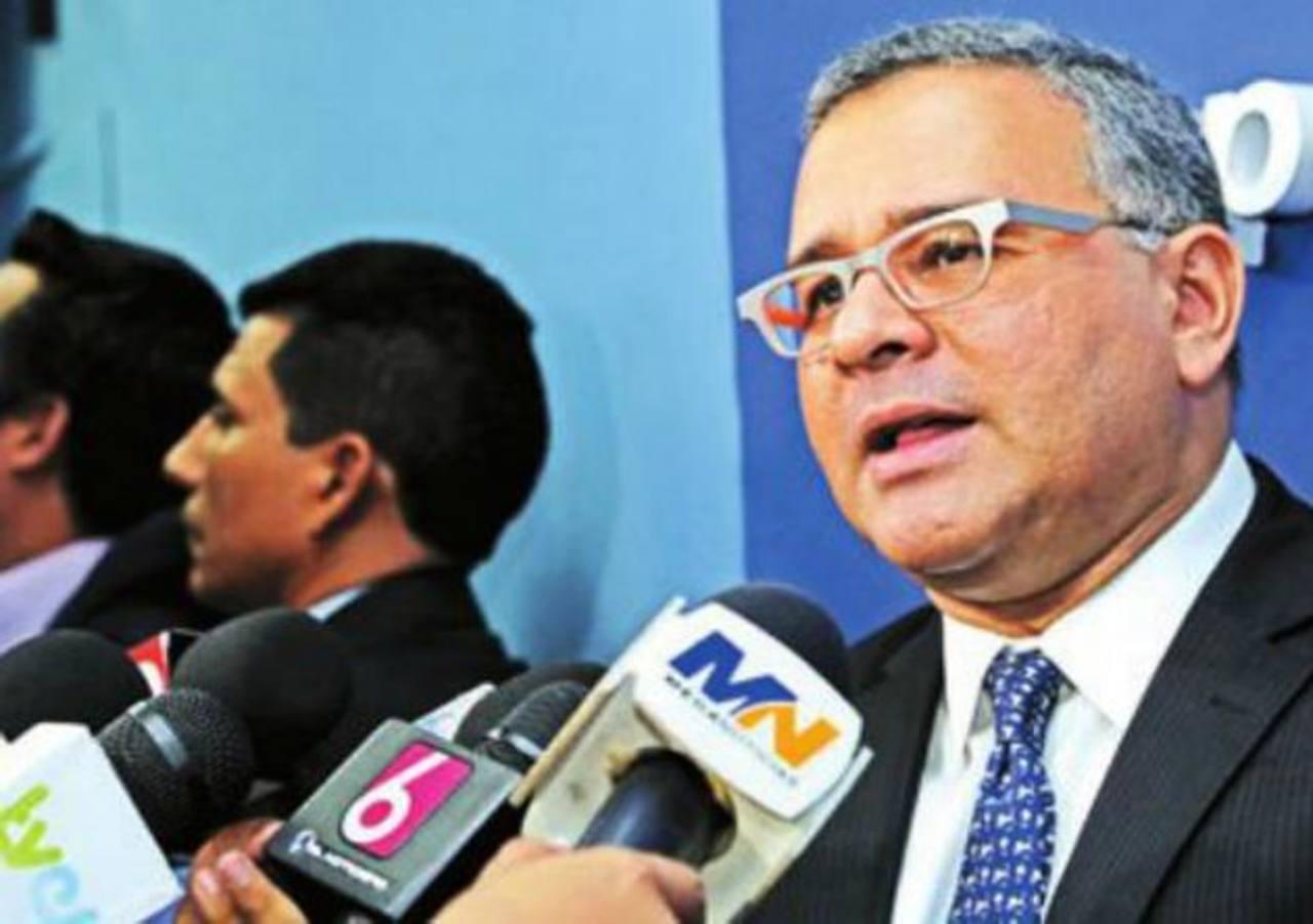 Funes lanzó serias acusaciones al expresidente Flores remitiéndose a un supuesto informe de EE. UU. Foto EDH / Archivo
