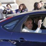 El papa Francisco rechazó el jueves la escolta presidencial para su primera visita estatal al presidente italiano. Foto/AP