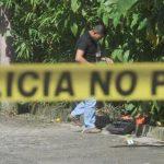 Un supuesto marero fue asesinado a un costado del parque Balboa. Foto EDH / Jaime Anaya.