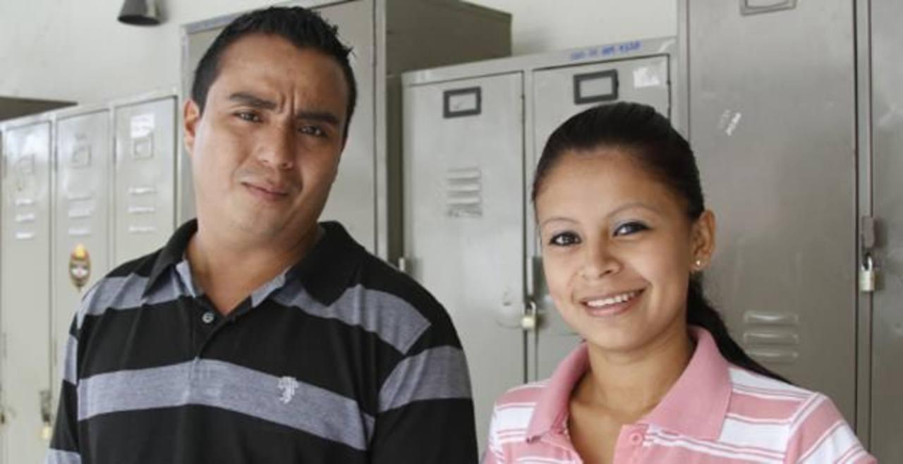 La PNC subió a su página web la fotografía de Moisés Salvador Callejas y Wendy Pérez. Foto EDH / PNC