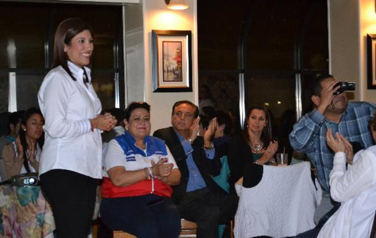 La hija del aspirante arenero habló de los programas dedicados a la familia que tiene en mente. foto edh / Tomás Guevara