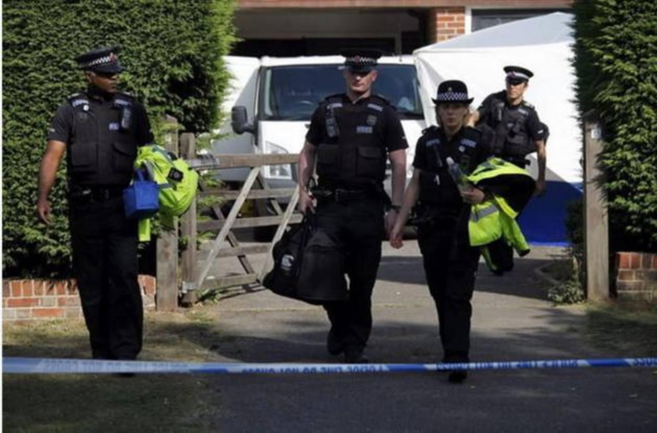 Policía libera a tres mujeres secuestradas en Inglaterra.