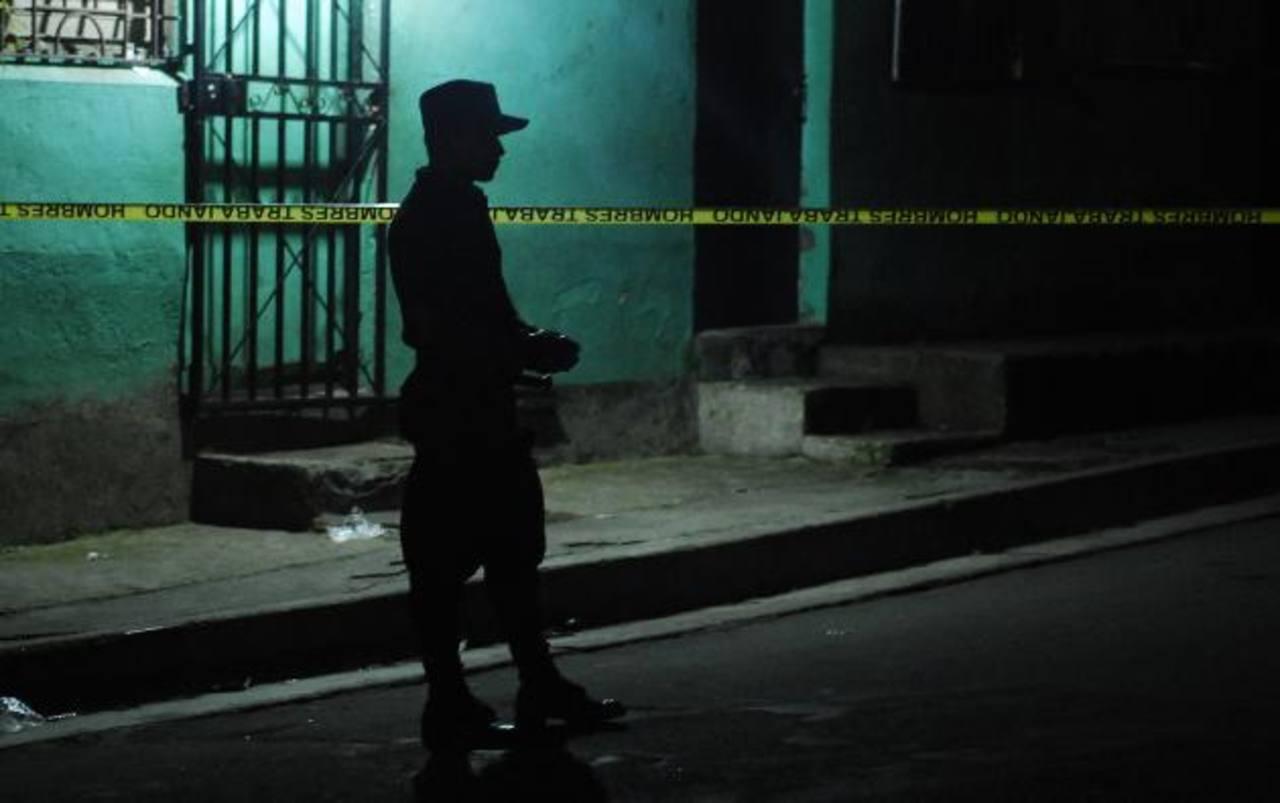 Intercambio de disparos dejó un presunto pandillero muerto en Apopa.