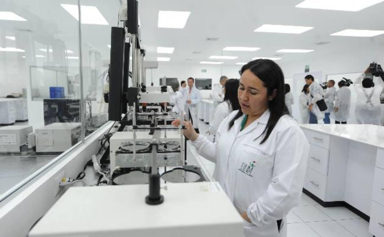 Inauguración de la primera etapa del laboratorio de control de calidad de la Dirección Nacional de Medicamentos (DNM).