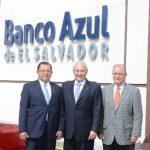 Armando Rodríguez, Carlos Araujo y Alfredo Pacas, socios fundadores del Banco Azúl. fotoEDH/MIGUEL VILLALTA