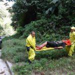 Comandos de Salvamento auxilió ayer a dos jóvenes en un tiroteo en Ciudad Delgado. Foto EDH / Cortesía Comandos