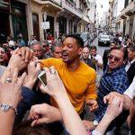 """El actor Will Smith durante su visita a Argentina para realizar algunas grabaciones de """"Focus"""". Sus fans lo abordaron."""