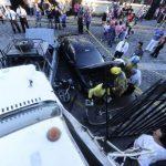 Un accidente múltiple se registró ayer Soyapango, entre cinco carros, dos motos y un camión. Foto EDH / Jorge Reyes.