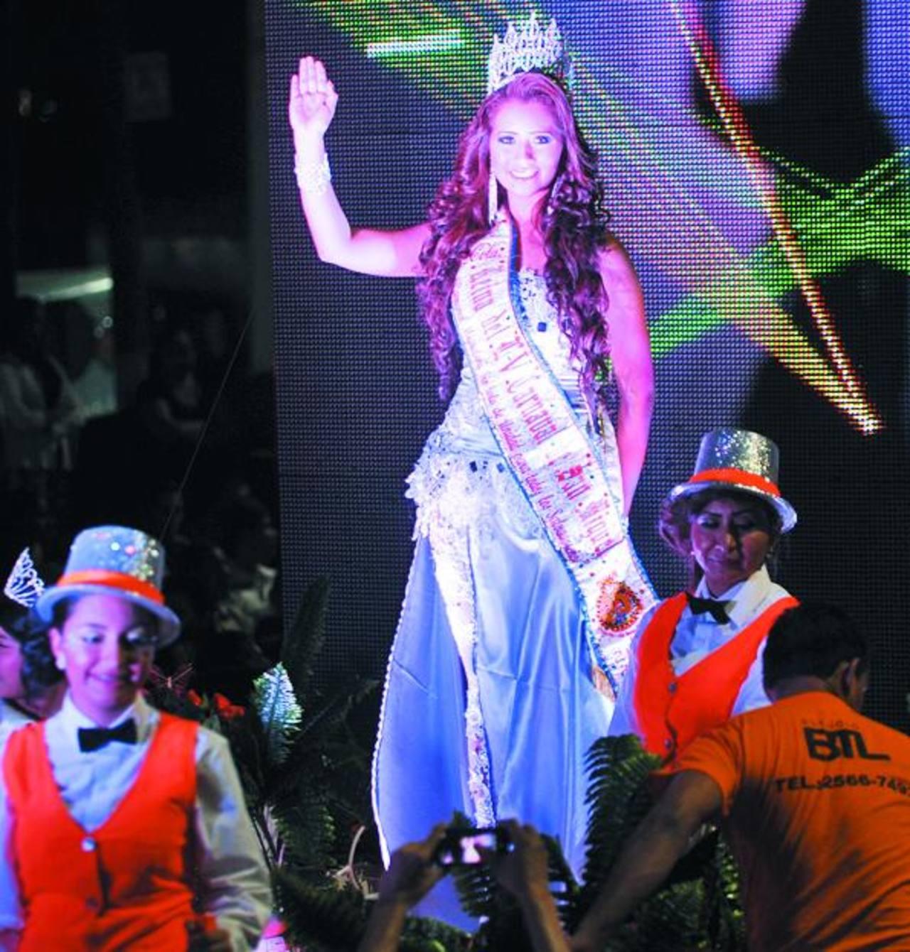 La reina del carnaval migueleño esta estable, sin embargo su acompañante recibió lesiones de gravedad. Foto EDH/ Archivo