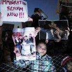 Niños de familias de migrantes que se encuentran sin autorización en Estados Unidos entregarán cartas a los Congresistas para solicitar reforma migratoria. Foto/ AP