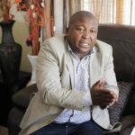 El intérprete de lenguaje de señas en el funeral de Nelson Mandela, Thamsanqa Jantjie, . Foto/ AP